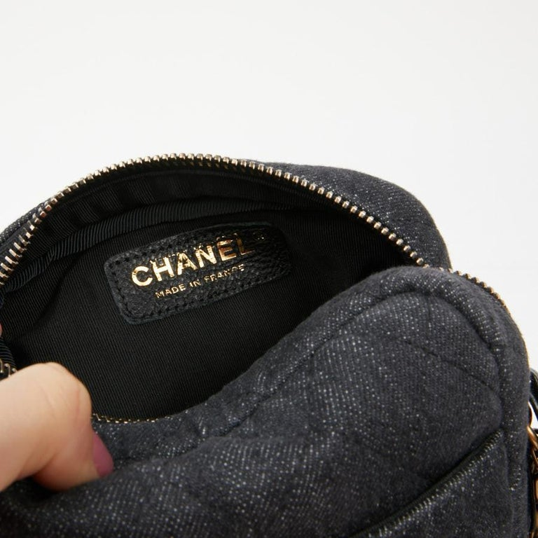 CHANEL Grey Denim Fabric Wallet Shoulder Bag For Sale 3