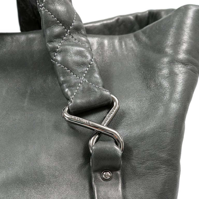 Chanel Grey Lambskin Eight Knots Tote For Sale 5