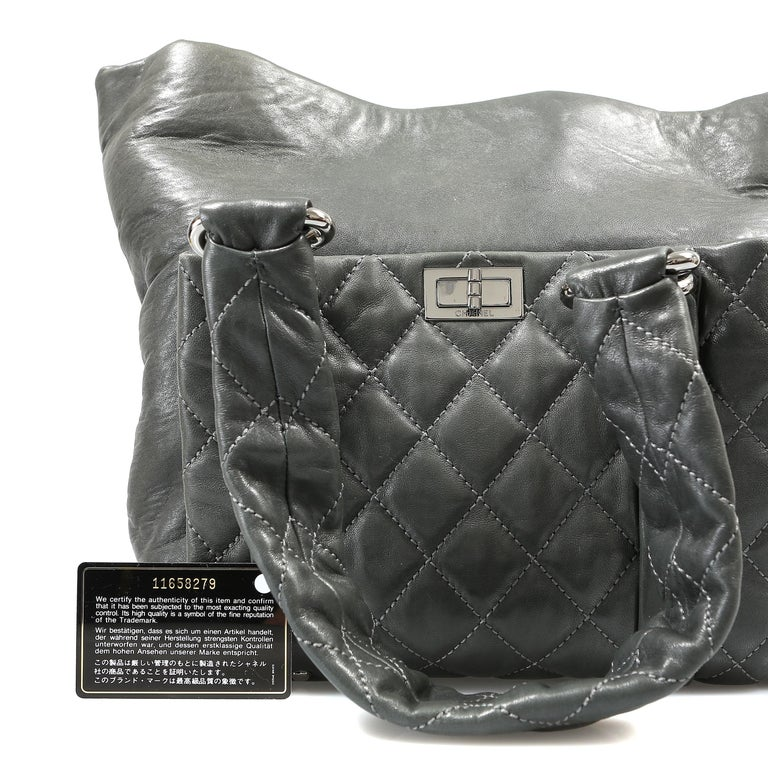 Chanel Grey Lambskin Eight Knots Tote For Sale 9