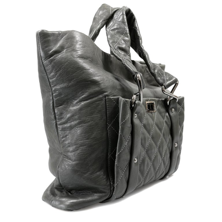 Black Chanel Grey Lambskin Eight Knots Tote For Sale