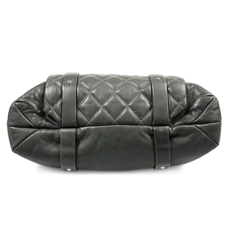 Women's Chanel Grey Lambskin Eight Knots Tote For Sale