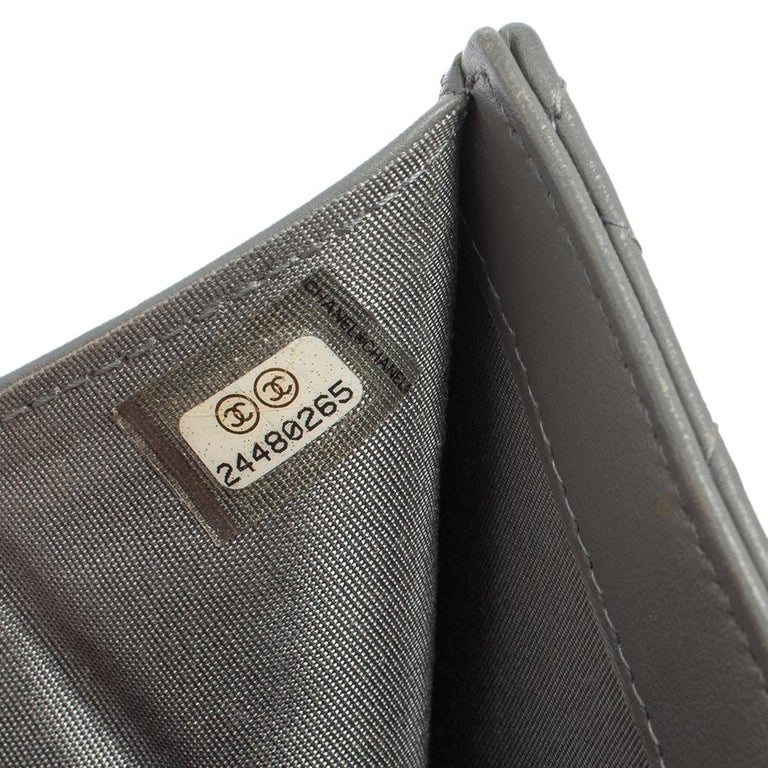 Chanel Grey Quilted Leather Boy Card Holder For Sale 7