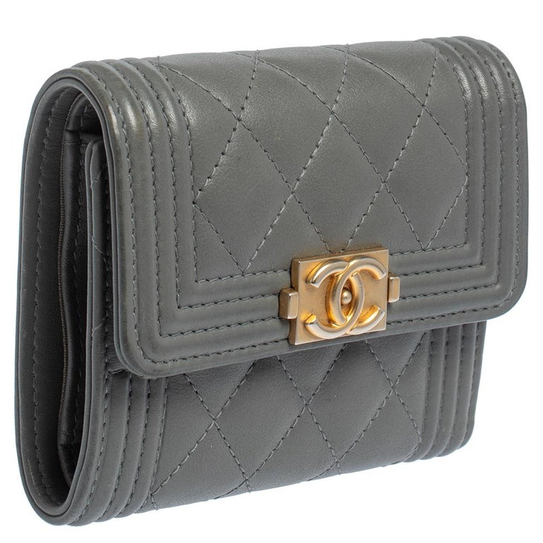 Gray Chanel Grey Quilted Leather Boy Card Holder For Sale