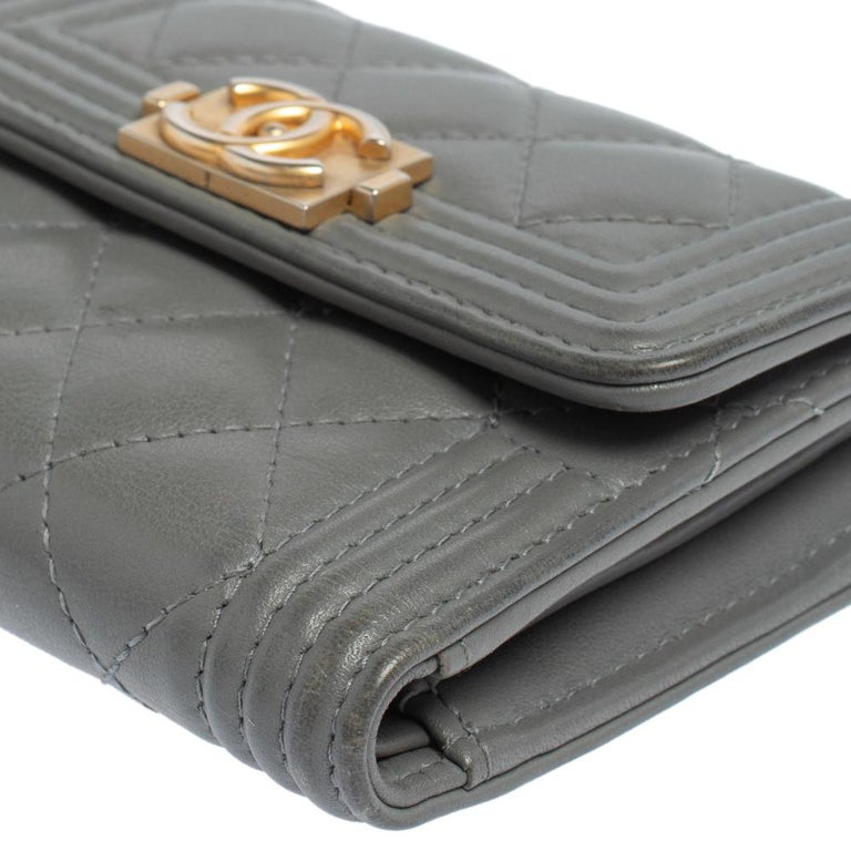 Women's Chanel Grey Quilted Leather Boy Card Holder For Sale