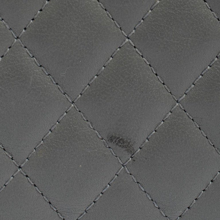 Chanel Grey Quilted Leather Boy Card Holder For Sale 3