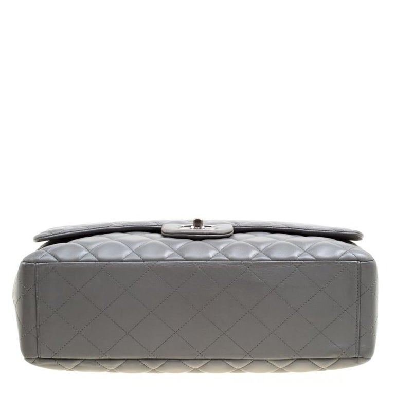 dc1bd8b8d157 Chanel Grey Quilted Leather Maxi Classic Single Flap Bag For Sale at ...