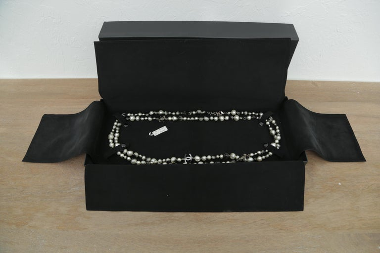Chanel Grey Silver and Long Pearl Cc Necklace For Sale 3