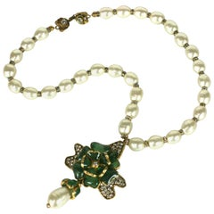 Chanel Gripoix Emerald and Pearl Flower Necklace