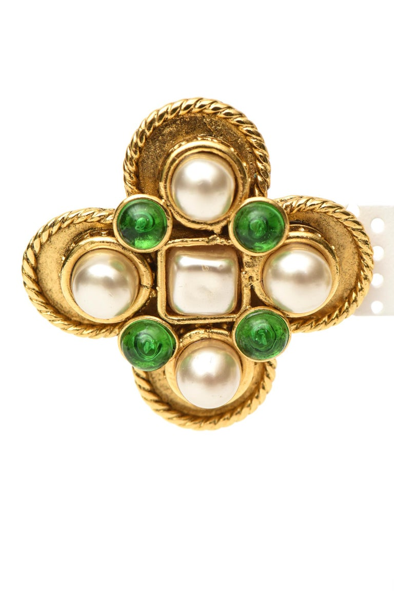 Baroque Revival Chanel Gripoix Green Glass and Faux Pearl Clip On Earrings For Sale
