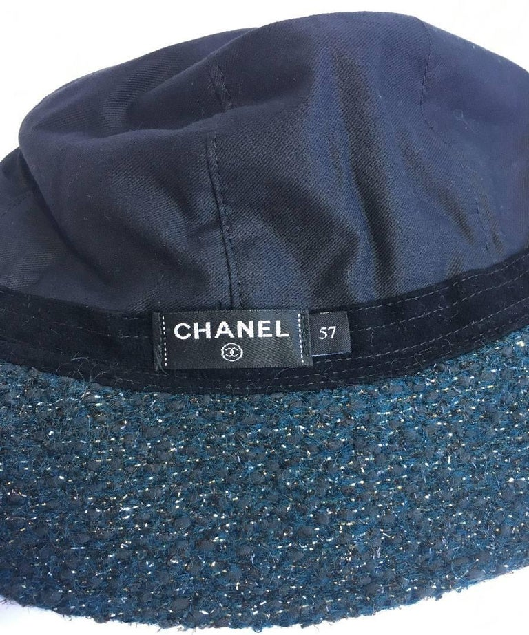 CHANEL Hat in Green Tweed with Gold Thread and Molten Glass Jewel For Sale 1