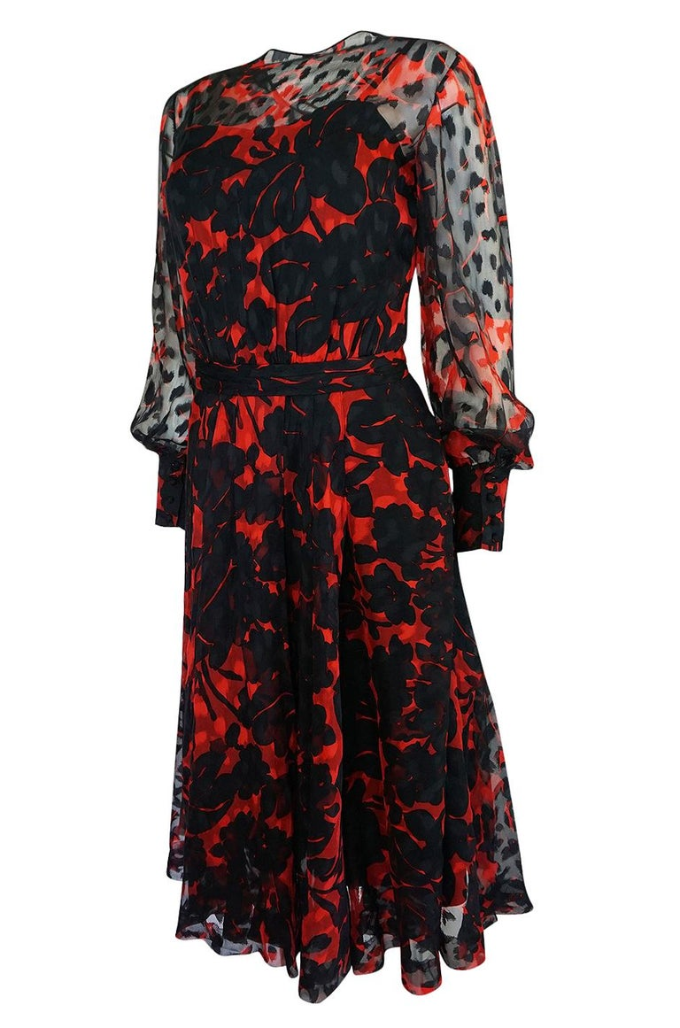 Chanel Haute Couture Red and Black Floral Print Silk Dress, circa 1973 - 1977 For Sale 1