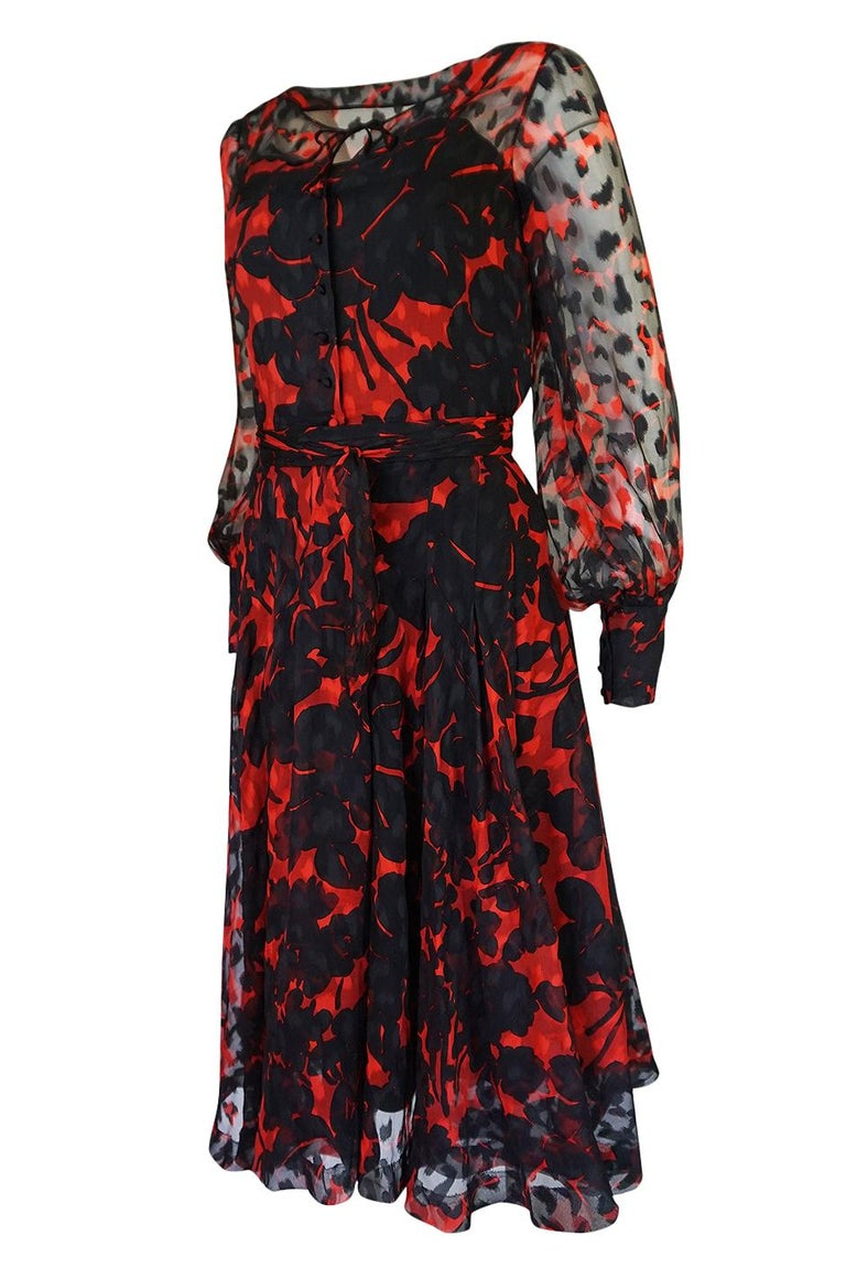 Chanel Haute Couture Red and Black Floral Print Silk Dress, circa 1973 - 1977 For Sale 2