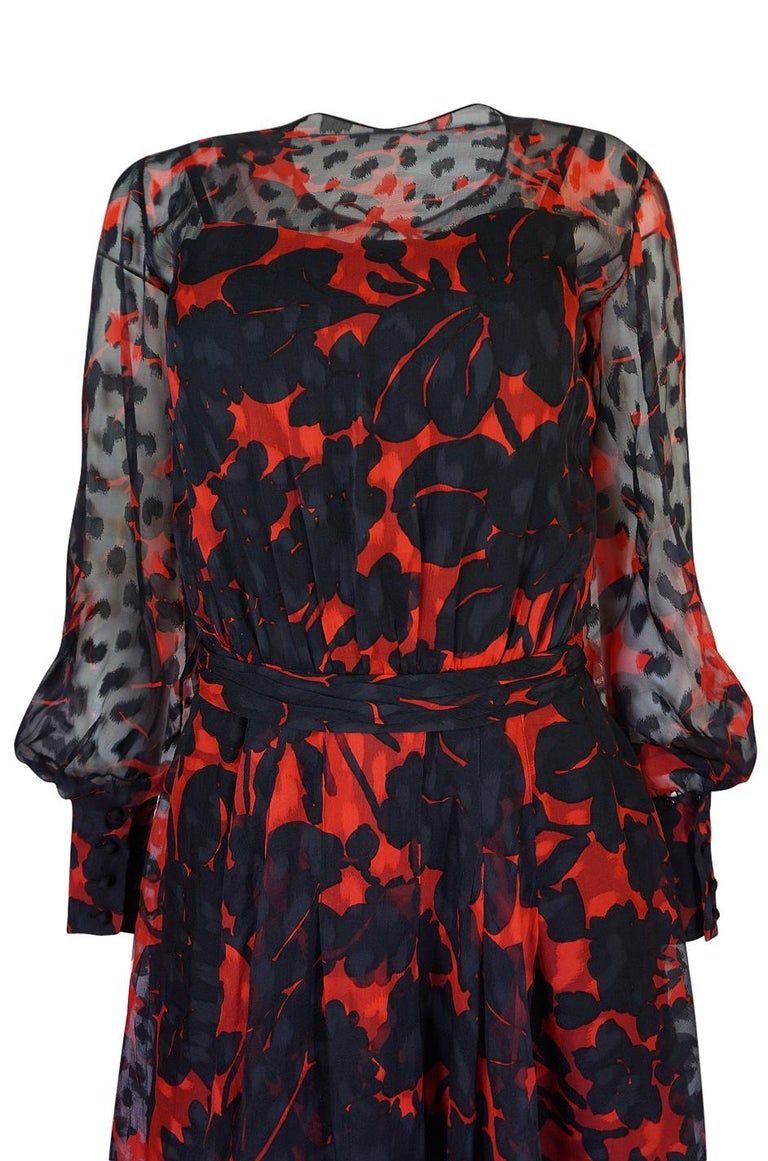 Chanel Haute Couture Red and Black Floral Print Silk Dress, circa 1973 - 1977 For Sale 4