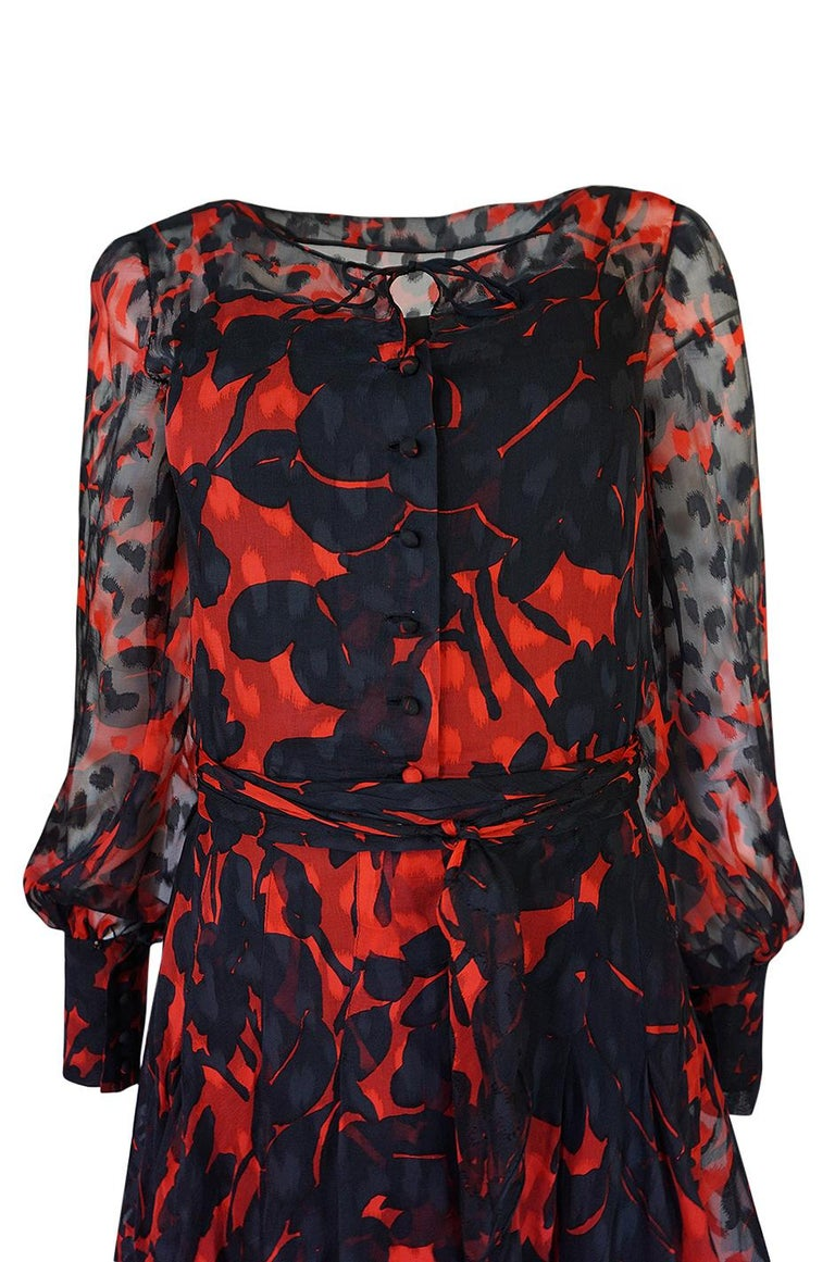 Chanel Haute Couture Red and Black Floral Print Silk Dress, circa 1973 - 1977 For Sale 5