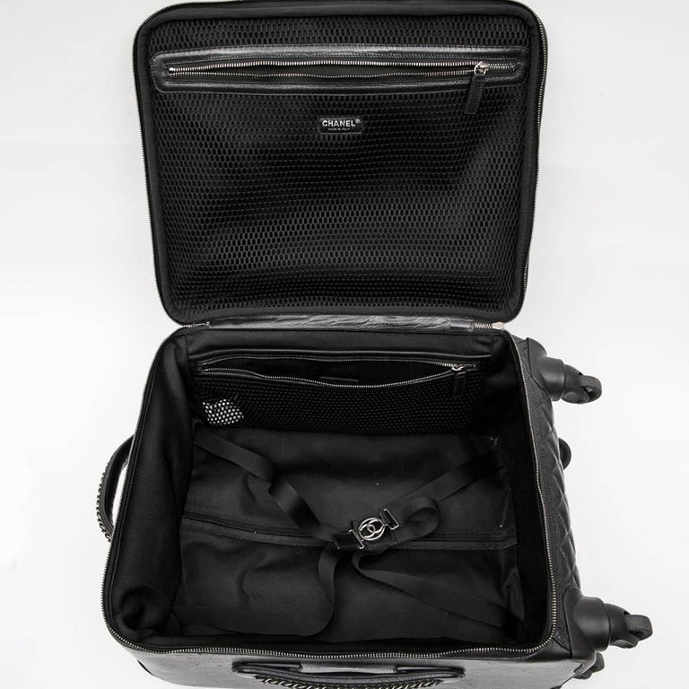 Chanel Rolling Suitcase In Black Quilted Grained Leather And Metal Chains For Sale 8