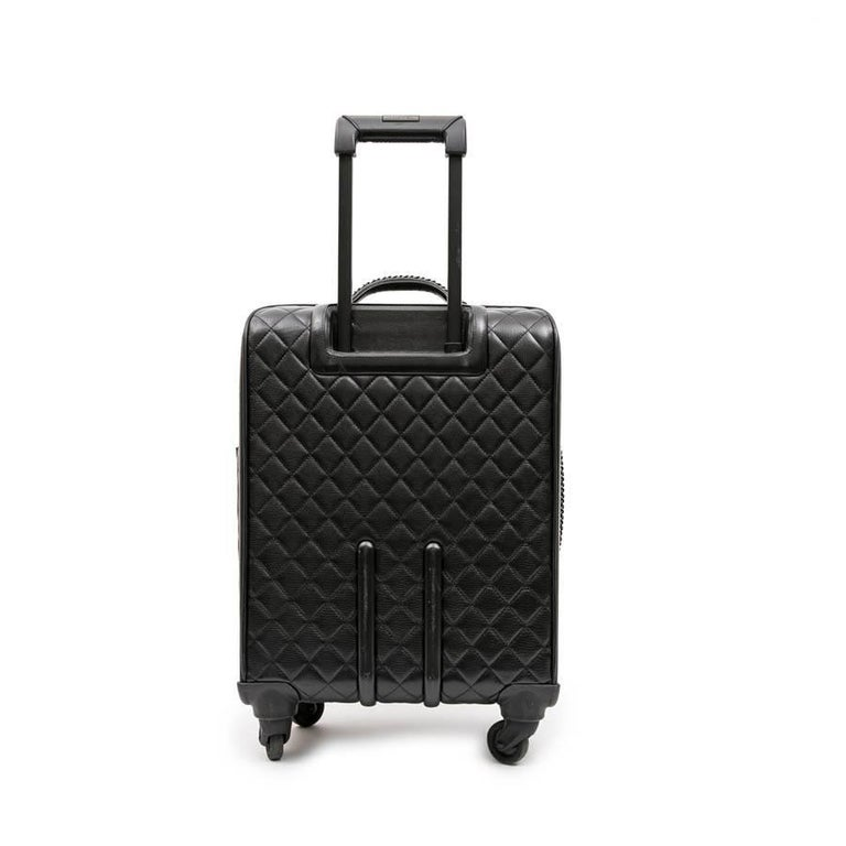 Women's or Men's Chanel Rolling Suitcase In Black Quilted Grained Leather And Metal Chains For Sale