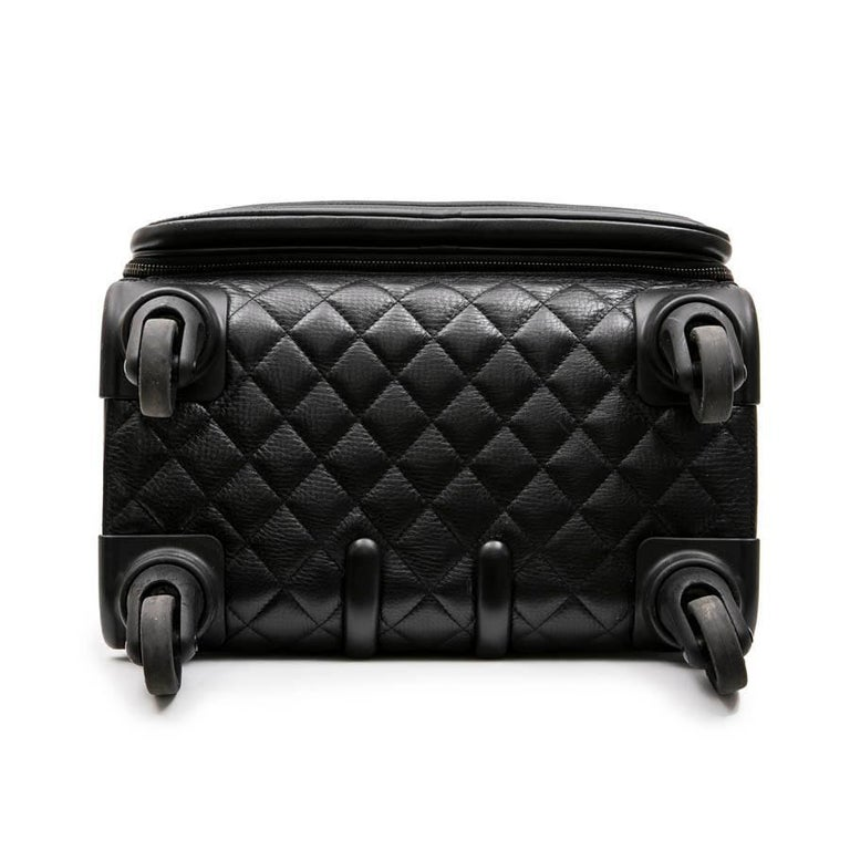 Chanel Rolling Suitcase In Black Quilted Grained Leather And Metal Chains For Sale 2