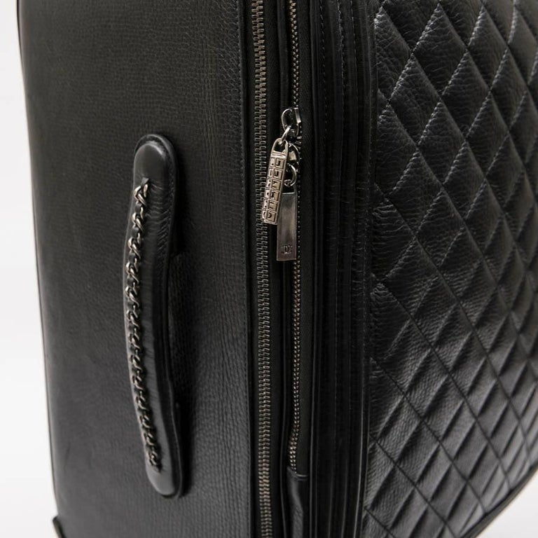Chanel Rolling Suitcase In Black Quilted Grained Leather And Metal Chains For Sale 3