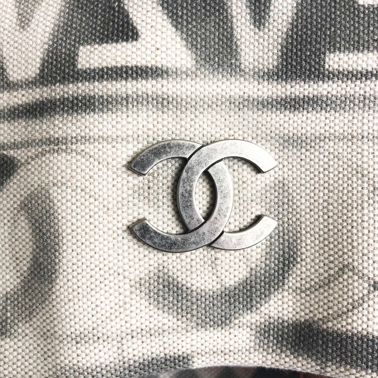Chanel Iliad Large Tote Bag Canvas Leather 2018 Cruise Collection Greece Modern  For Sale 5