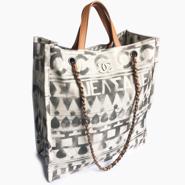 Chanel Iliad Large Tote Bag Canvas Leather 2018 Cruise Collection Greece Modern  In Good Condition For Sale In Port Saint Lucie, FL