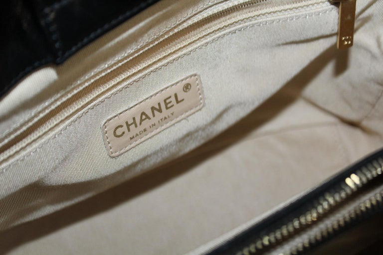 CHANEL  Ivory Leather  Shopping Tote. For Sale 1