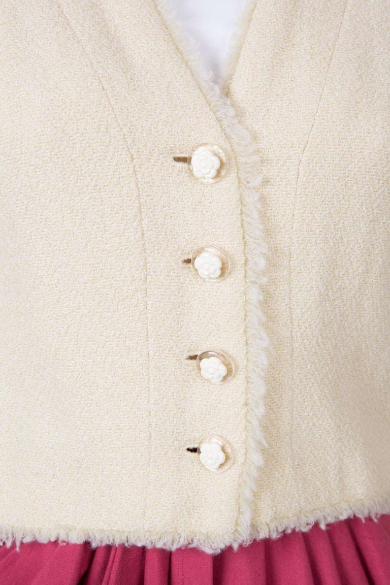 Chanel Ivory Lurex Tweed Boucle Jacket 2000s Croisiere For Sale 1