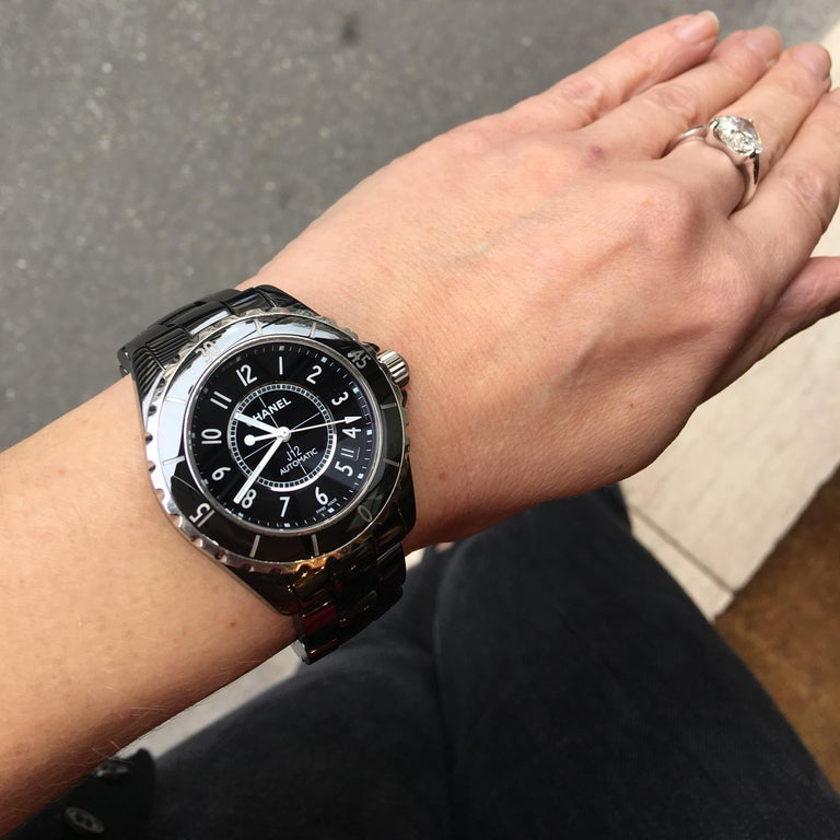 Chanel J12 Ceramic Steel Black H0685 Automatic Wristwatch In Good Condition For Sale In Paris, FR