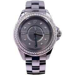 Chanel J12 H2565 Diamond Dial Diamond Bezel Bezel Titanium Ceramic Box Papers