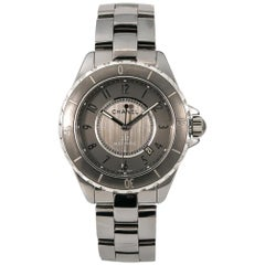 Chanel J12 H2979 Unisex Automatic Ceramic and Titanium Watch Gray Dial with B&P