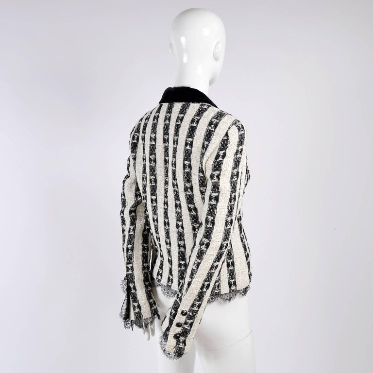 Women's Chanel Jacket in Black & White Lesage Tweed W Lace Lining & Eyelash Trim  For Sale