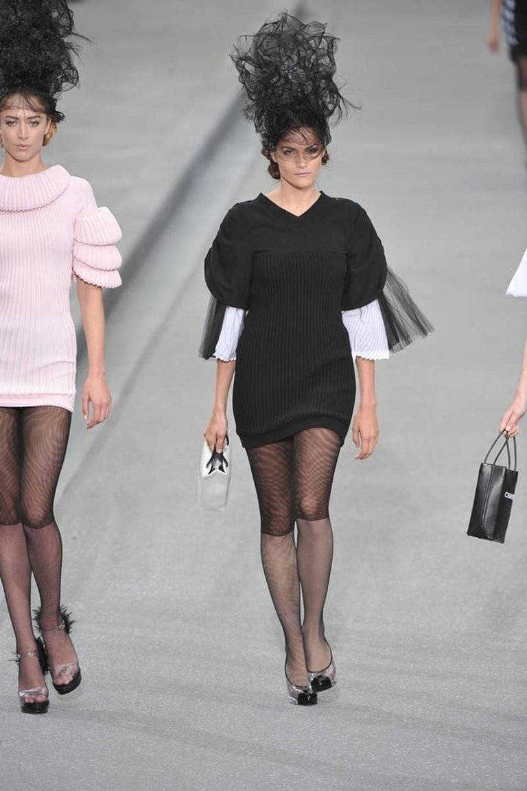 Chanel Runway Knit & Tulle Mini Dress, Spring-Summer 2009 For Sale 6