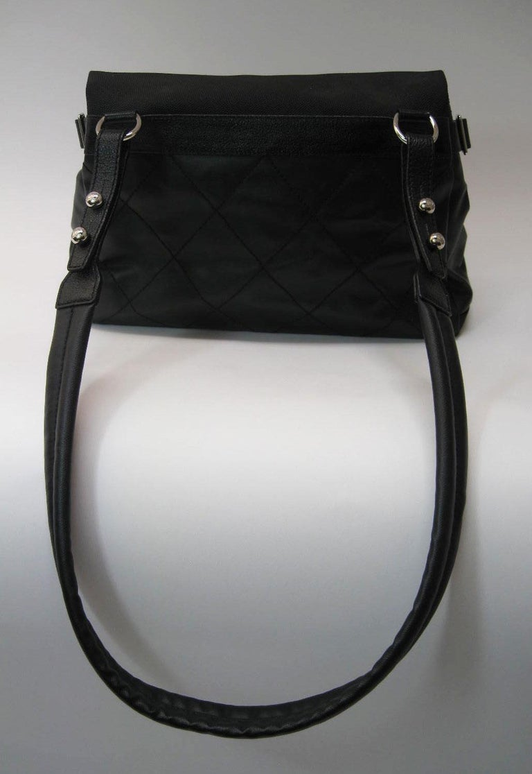 Chanel Large Structured Black Hobo Flap Bag Purse In Excellent Condition For Sale In San Francisco, CA
