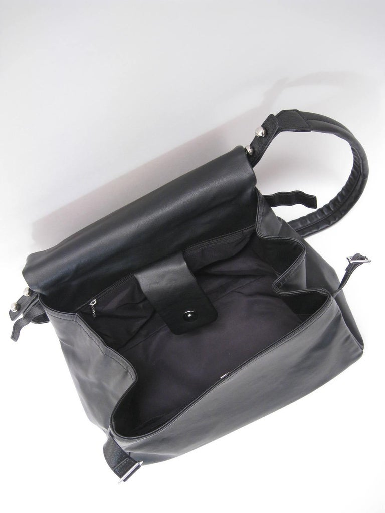 Women's or Men's Chanel Large Structured Black Hobo Flap Bag Purse For Sale