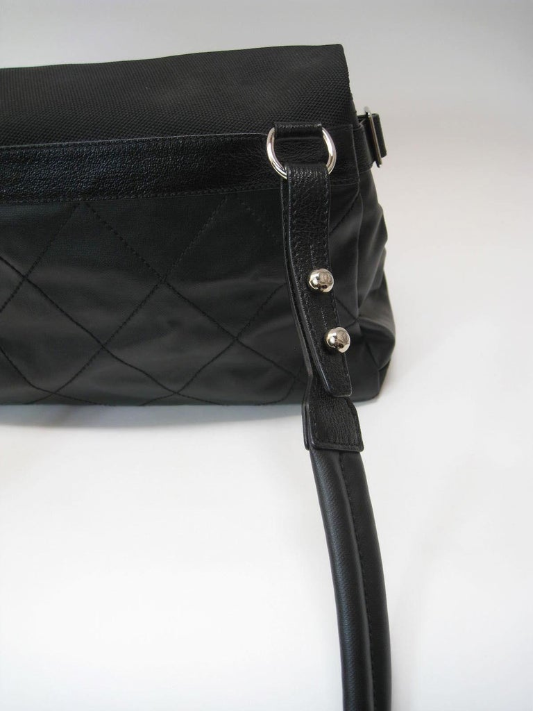 Chanel Large Structured Black Hobo Flap Bag Purse For Sale 2
