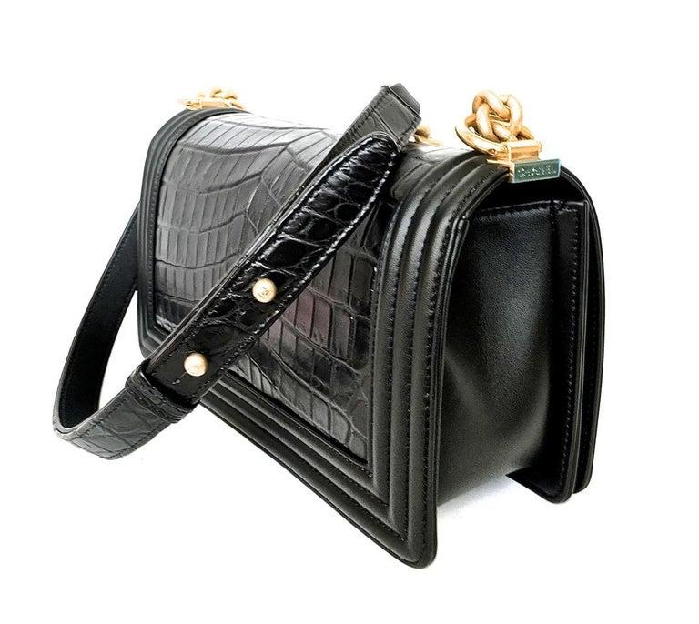 Chanel Le Boy Matte Black Alligator Medium Bag Very Rare New For Sale 2