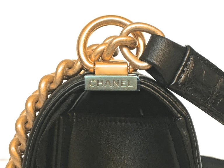Chanel Le Boy Matte Black Alligator Medium Bag Very Rare New For Sale 3