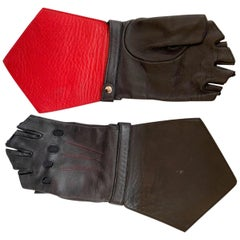 Chanel Leather Fingerless Black Small Gloves