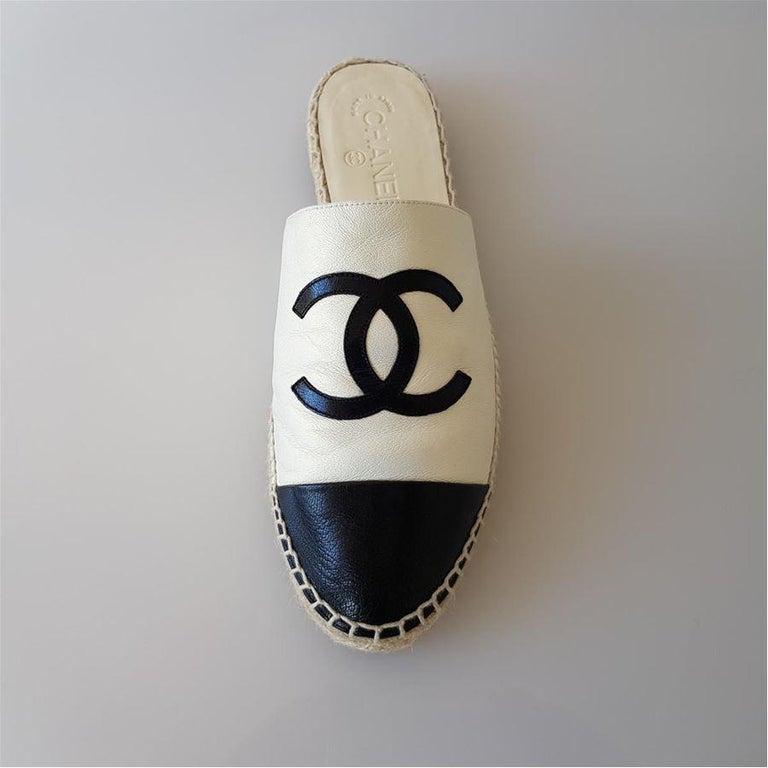 Beige Chanel Leather Slipper 40