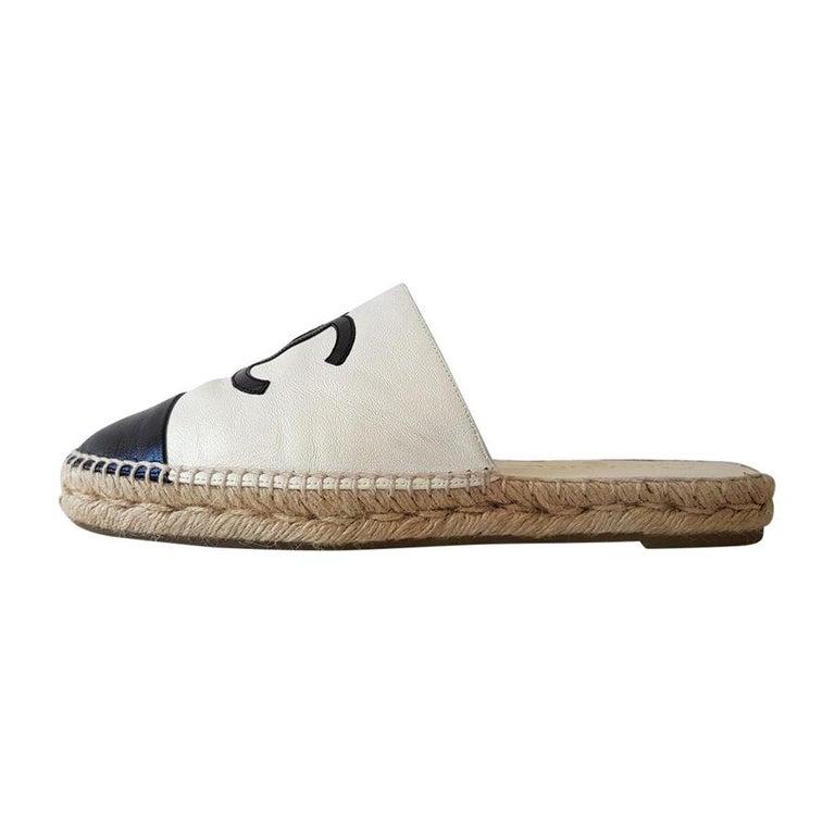 Chanel Leather Slipper 40