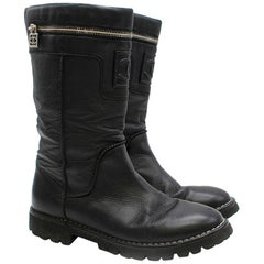 Chanel Leather Zip Detail Biker Boots	SIZE 39