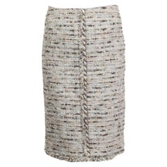 CHANEL light grey silk blend BOUCLE TWEED Pencil Skirt 36 XS