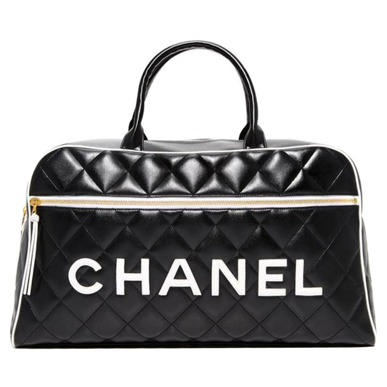 Chanel Limited Edition Vintage Duffel Tote Black and White Leather Weekend Bag For Sale