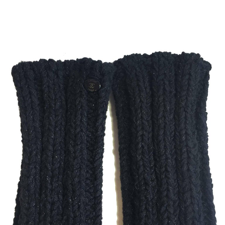 63c802c714 CHANEL Long Knitted Mittens in Black Cotton, Cashmere and Silk Size 2