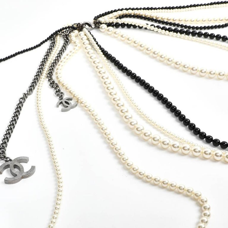 Chanel Long Multi Row Black and White Pearls Necklace  In Excellent Condition For Sale In Paris, FR