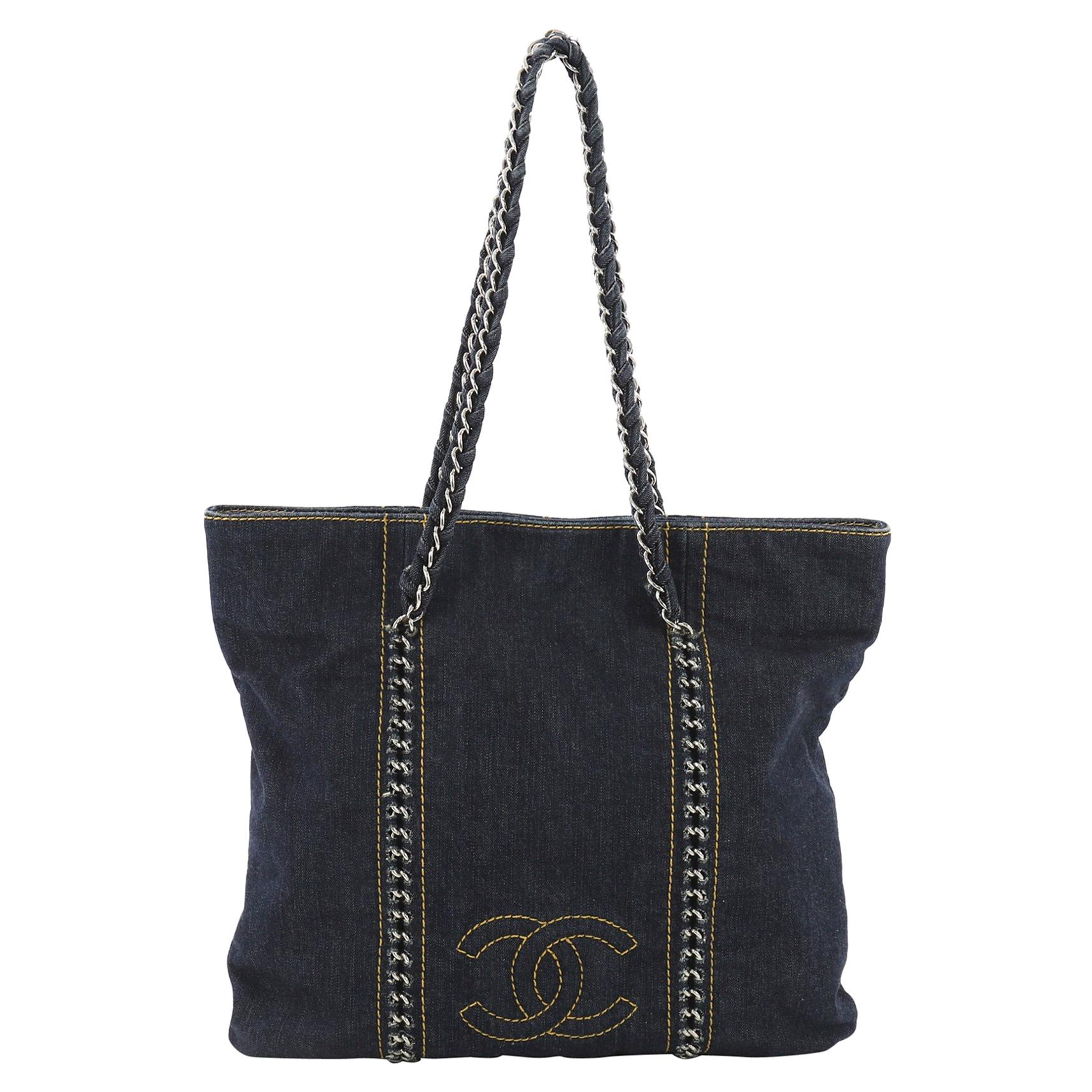 5d4b08587a8d Vintage Chanel Tote Bags - 584 For Sale at 1stdibs