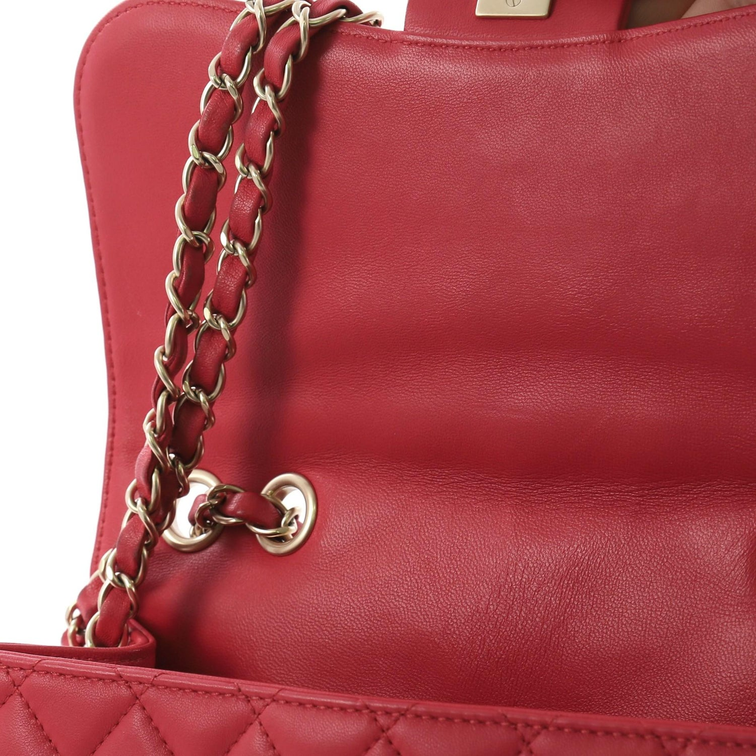 23e117c39c9e29 Chanel Mademoiselle Chic Flap Bag Quilted Lambskin Medium For Sale at  1stdibs