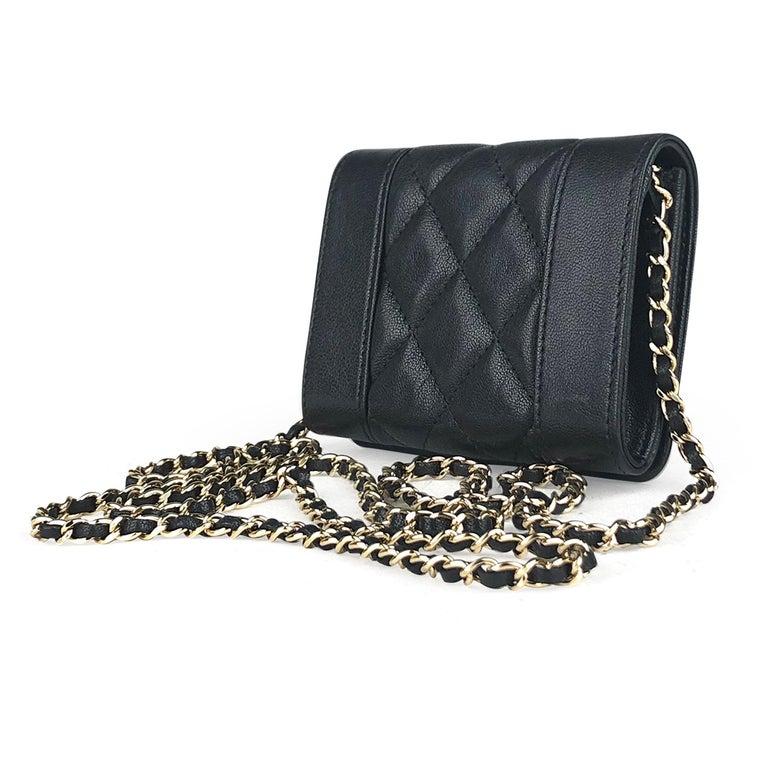 Women's Chanel Mademoiselle Wallet on Chain Crossbody Bag For Sale