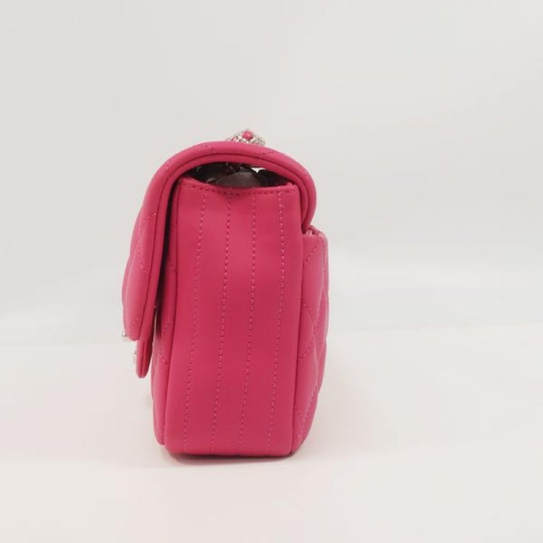 An authentic CHANEL matelasse chain shoulderー Womens shoulder bag pink x silver hardware. The color is pink x silver hardware. The outside material is Lavaー. The pattern is matelasse  chain shoulderー. This item is Contemporary. The year of