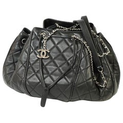 CHANEL matelasse Womens shoulder bag black x silver hardware