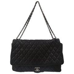Chanel maxi jumbo black leather shoulder bag
